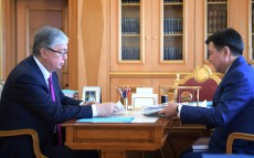 President of Kazakhstan Kassym-Jomart Tokayev receives Zhakip Asanov, Chairman of the Supreme Court